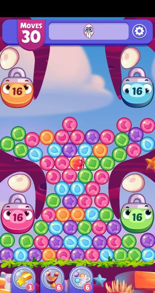 An Angry Birds Dream Blast level.