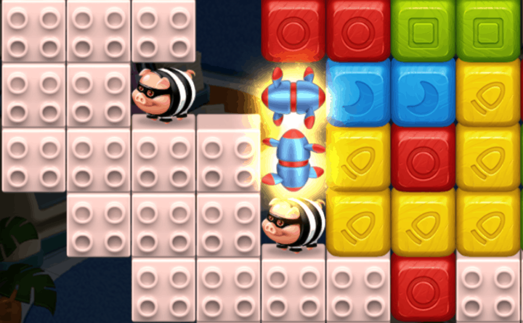 A Toy Blast level with Rotors and masked pigs.